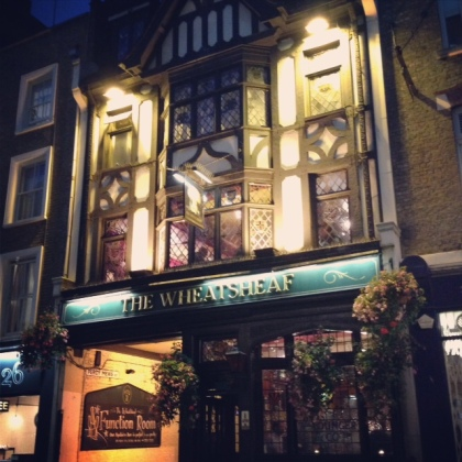 he pub where Dylan Thomas met his wife. A popular drinking spot for writers in the early 20th century.